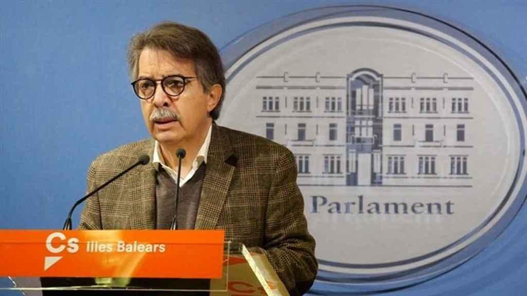Xavier Pericay, de Ciudadanos, ha denunciado la discriminación del castellano en Baleares