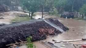 Imagen de la devastación del tsunami en Indonesia.