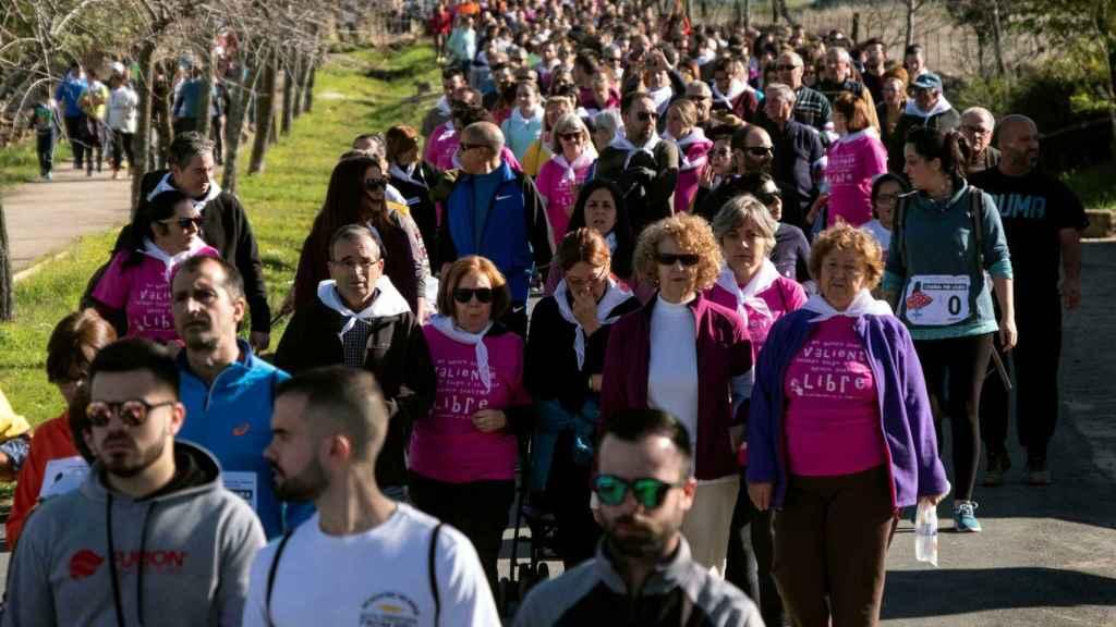 Miles de personas han respondido a la convocatoria del Club Runners Nerva.