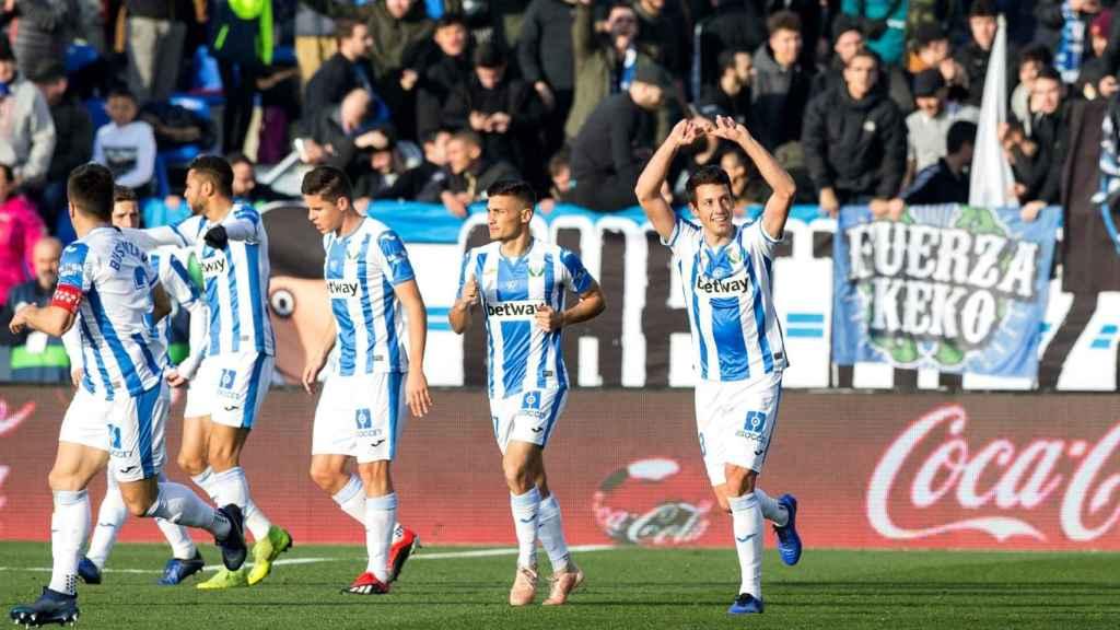 Los jugadores del Leganés celebran un gol ante el Sevilla en Butarque