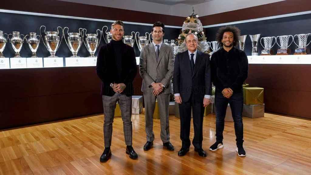 Florentino Pérez junto a Solari, Ramos y Marcelo
