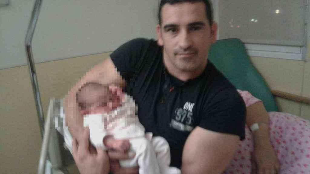 Eduard Colmena Cebrià, de 42 años, era padre de una niña de 2