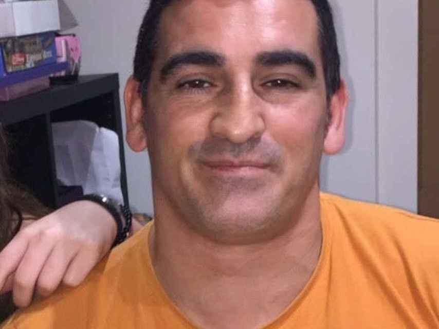 Eduard Colmena fue asesinado de cuatro disparos en du barrio, Baró de Viver