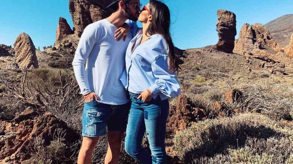 Isco y Sara Sálamo en el Teide. Foto: Instagram (@sarasalamo)