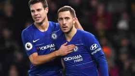 Azpilicueta y Hazard, durante un partido con el Chelsea