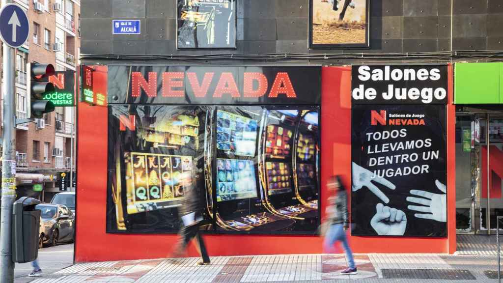 Salones de Juego Nevada en calle Alcalá