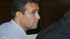Francisco Mejías González, prófugo de la Justicia. En la imagen, durante el juicio por matar a puñaladas a su mujer.