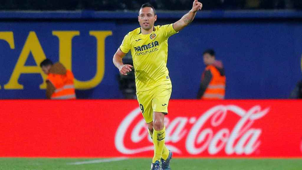 Santi Cazorla celebra el gol del empate del Villarreal