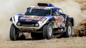 Carlos Sainz acaba segundo en la primera etapa del Dakar en coches