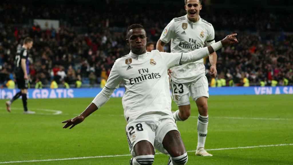 Vinicius celebra su gol, el tercero del Real Madrid al Leganés