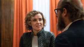 Dolors Montserrat charla con Borja Cardelús, director general de la Fundación Toro de Lidia