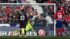 Griezmann anota de penalti en el Atlético - Levante
