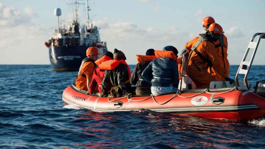 Rescate de inmigrantes en el Mediterráneo.