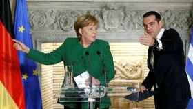 Merkel, durante una comparecencia de prensa con Tsipras.