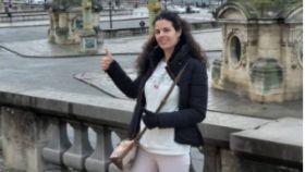 Laura Sanz en París, en el mismo viaje en el que falleció.