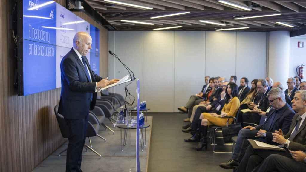 Hilario Albarracín, presidente de KPMG en España, durante la presentación del acto.