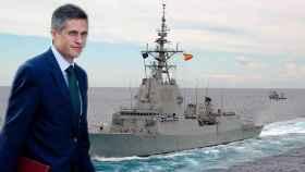 El ministro de Defensa británico Gavin Williamson y una corbeta de la Armada española.