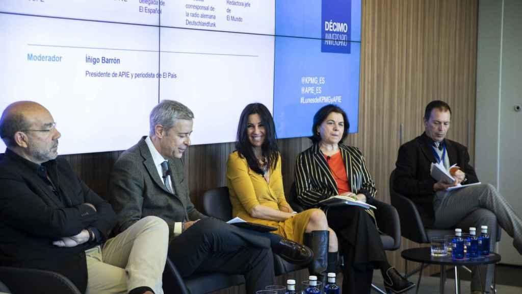 Eva Fernández, durante su intervención en la mesa El periodismo en la encrucijada.