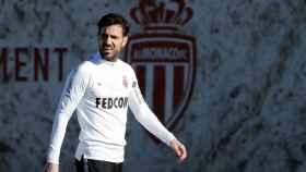 Cesc Fàbregas entrenando con el Mónaco