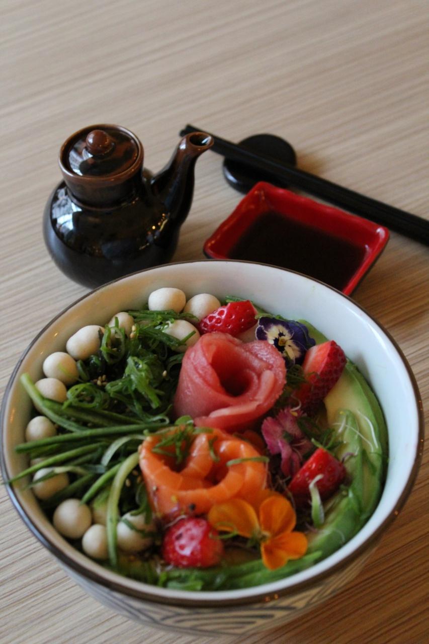 Green Tea Food & Drinks _NH Zurbano - Poke bowl Green Tea