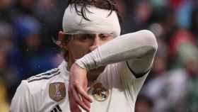 Luka Modric, con una venda en la cabeza