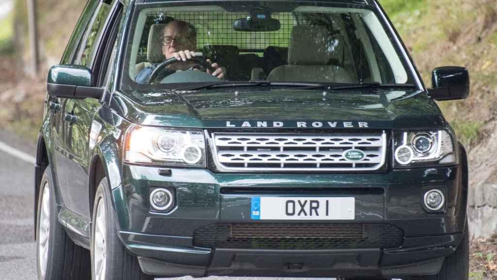 Felipe de Edimburgo en su Land Rover