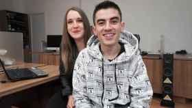Jordi 'El Niño Polla' y su novia, Verónica.