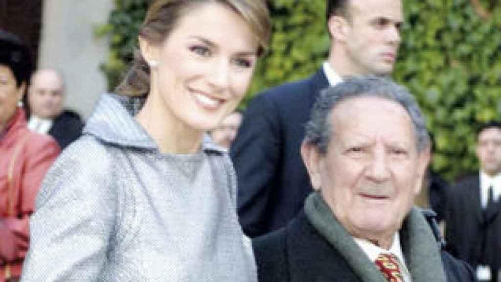 La reina Letizia junto a su abuelo 'Paco' Rocasolano