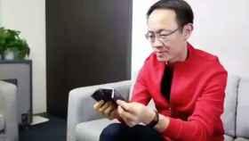 Xiaomi enseña su alucinante móvil plegable en vídeo