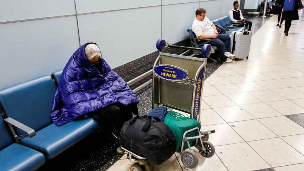 Pasajeros en el aeropuerto de Newark.