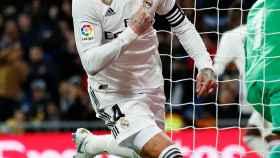 Celebración de Sergio Ramos tras su segundo gol al Girona
