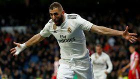 Karim Benzema celebra el cuarto gol del Real Madrid al Girona