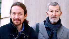 Pablo Iglesias, líder de Podemos, y Julio Rodríguez, número 11 de su lista para la Comunidad de Madrid.