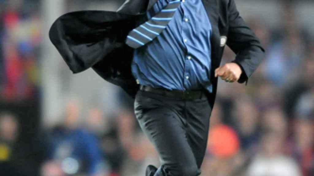 José Mourinho celebrando con el Inter de Milán. Foto: inter.it