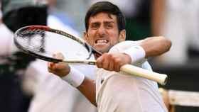 Djokovic, celebrando su victoria ante Nadal en Wimbledon.