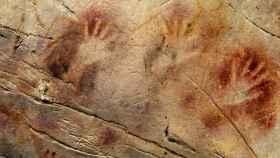 Tres manos de la cueva de Altamira.