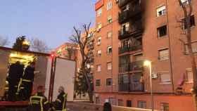 Imagen del edificio de viviendas donde se ha producido el incendio