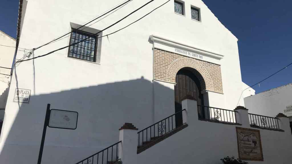 La iglesia de Santa Ana, en Totalán (Málaga)