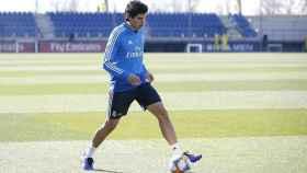 Vallejo, en el entrenamiento del Real Madrid. Foto: Twitter (@JesusVallejo)