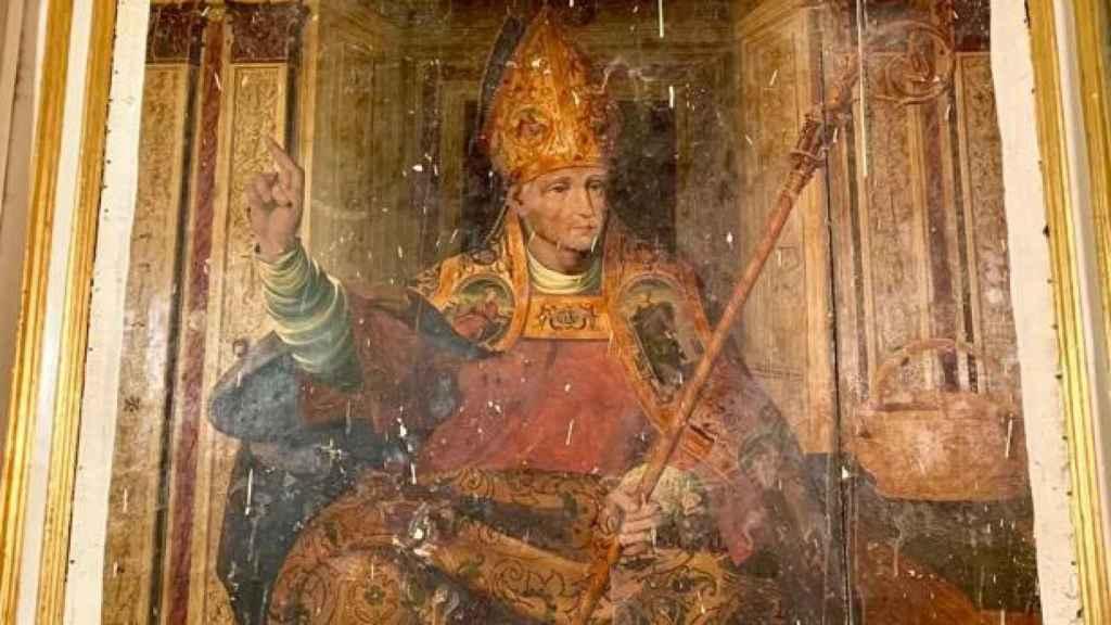 La pintura renacentista hallada tras el retablo de la iglesia.