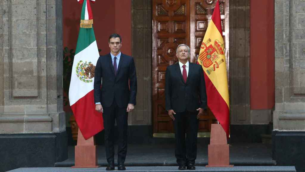 Pedro Sánchez, junto a Andrés Manuel López Obrador, presidente de México, este miércoles.