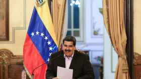 Maduro sonríe durante la rueda de prensa en el Palacio de Miraflores