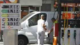El IPC baja dos décimas en enero, hasta el 1%, por los carburantes y el gas