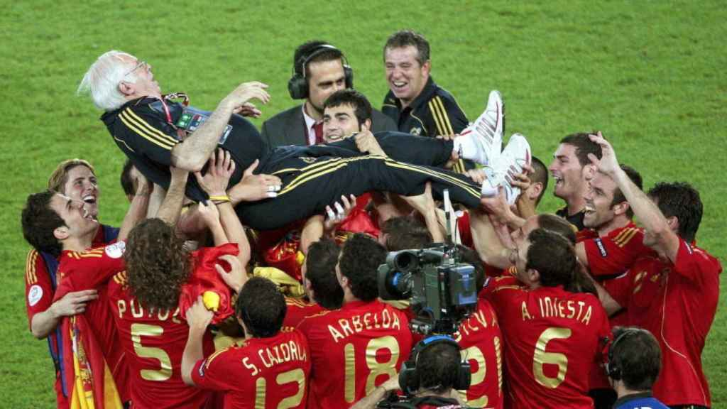 Luis Aragonés celebra la Eurocopa de 2008