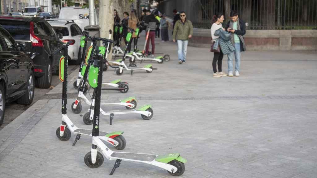 Los patinetes, en el Retiro de Madrid.