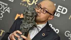 Jesús Vidal con su premio Goya.