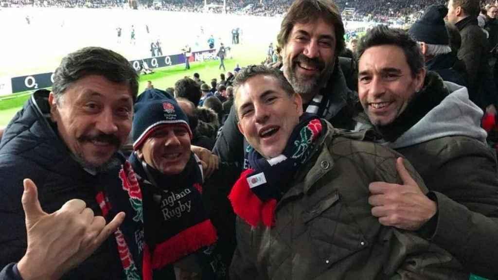 Javier Bardem, Carlos Bardem y unos amigos en una imagen de archivo