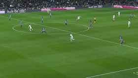 Fuera de juego señalado a Karim Benzema. Foto: Twitter (@elchiringuitotv)