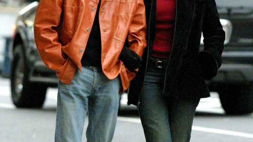 Marc Anthony y Dayanara Torres por las calles de Nueva York en el año 2002.
