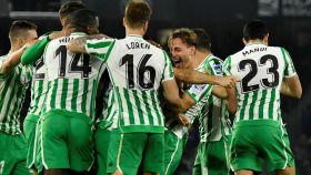 Los jugadores del Betis celebran un gol ante el Valencia en Copa del Rey